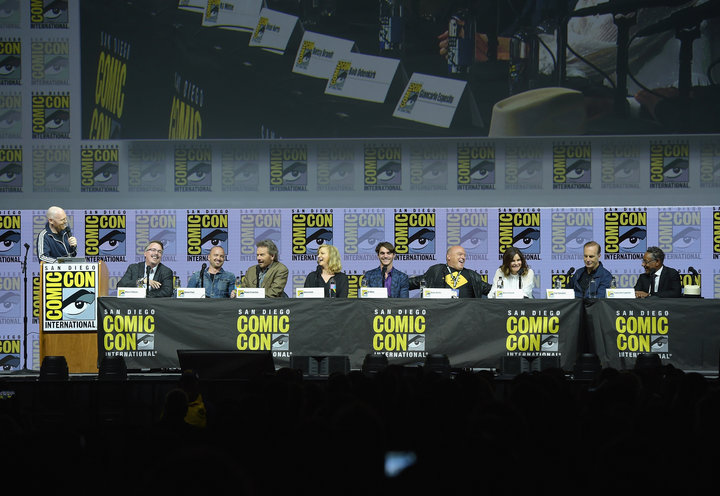 (From left) Bill Burr, Vince Gilligan, Paul, Cranston, Anna Gunn, RJ Mitte, Dean Norris, Betsy Brandt, Bob Odenkirk and Gianc