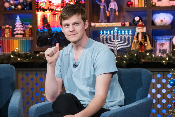 "The ""Boy Erased"" and ""Ben Is Back"" star <a href=""https://www.vulture.com/2018/09/lucas-hedges-on-the-waverly-gallery.html"" ta"