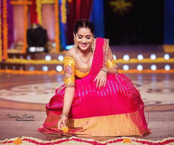 Rashmi Gautam Amazing Pics