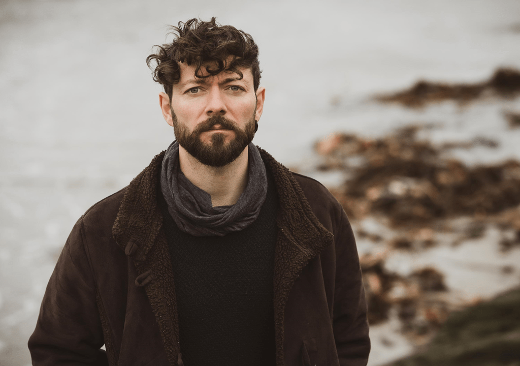 NSE SINGER/SONGWRITER OF THE WEEK: From an island far away, 'Niall McCabe' delivers the melodic new single 'Borders'