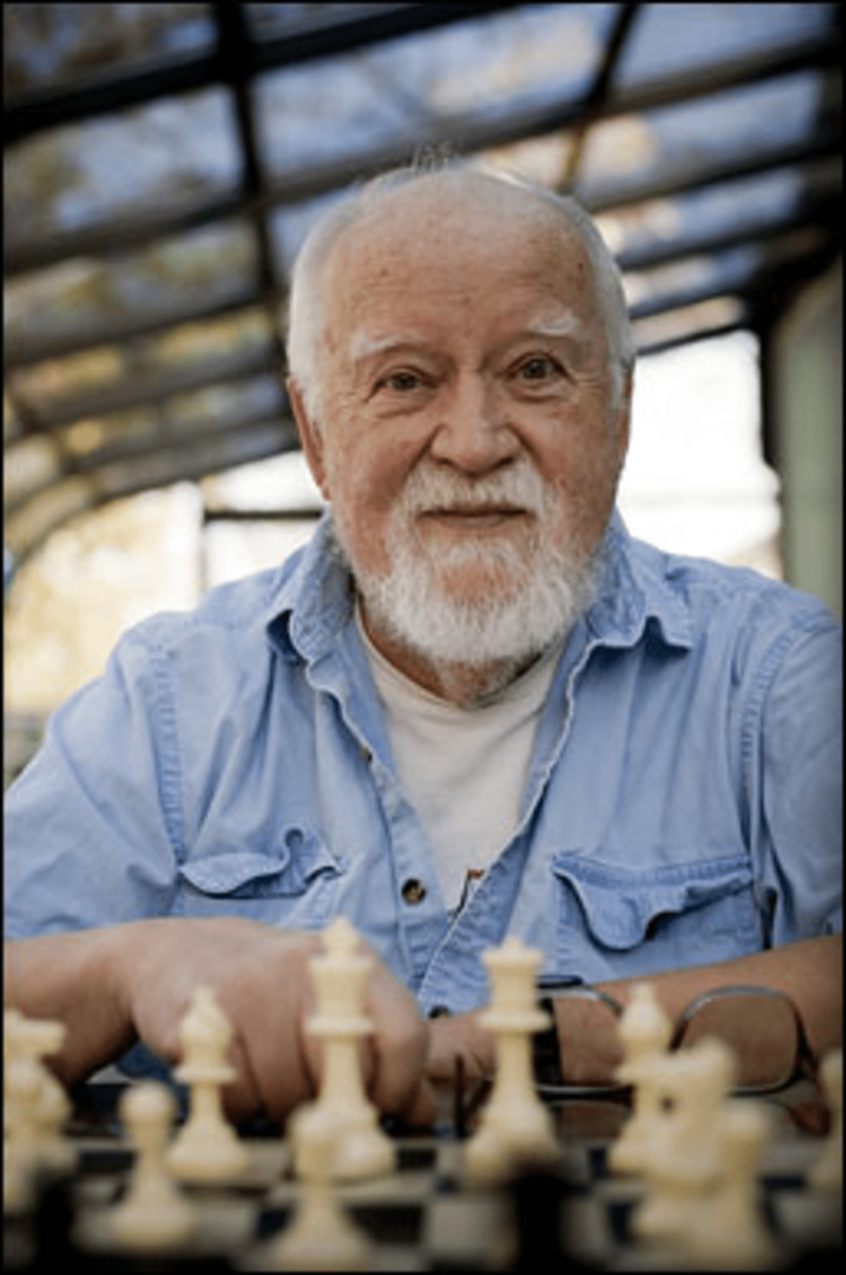 Virgin Mobile: Hook?s led Caribbean chess olympians for more than 40 years.