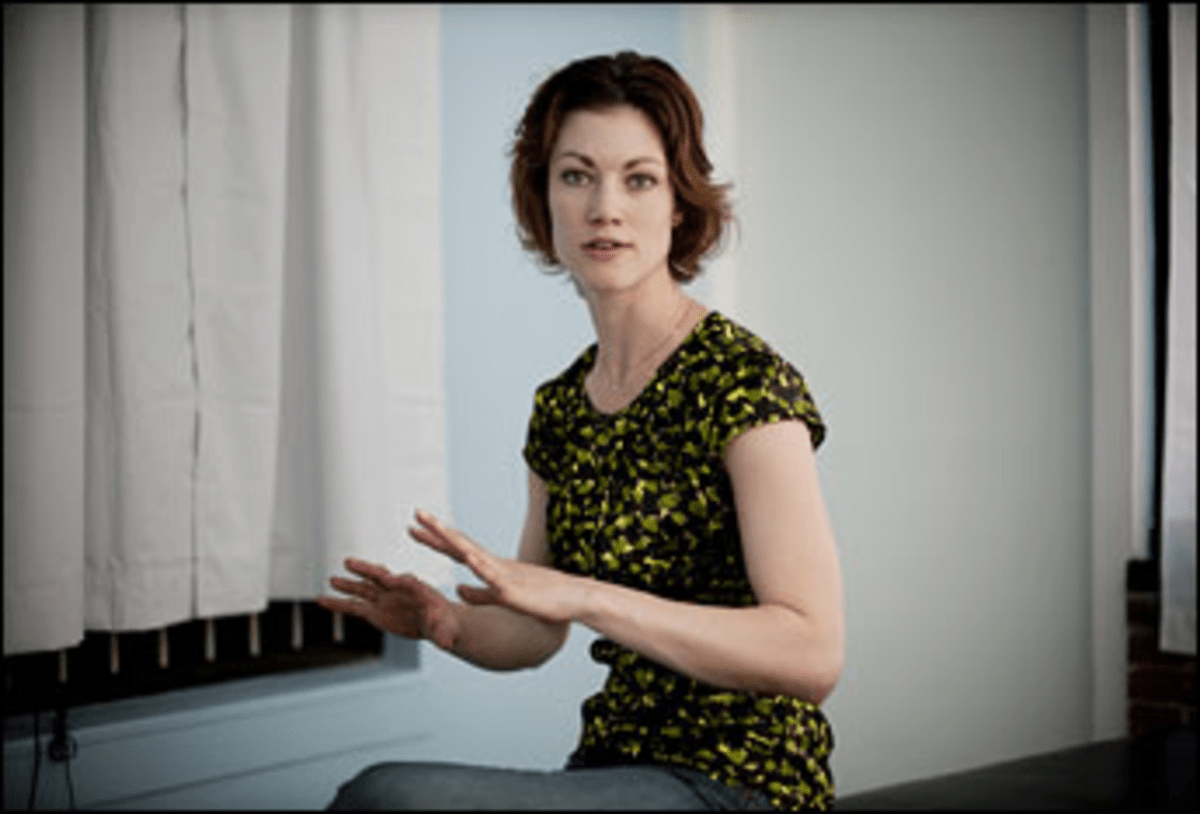 Out in the Open: Joanna Robinsons Lunar Massage has its clients behind screens, not in private rooms. s Lunar Massage has its clients behind screens, not in private rooms.