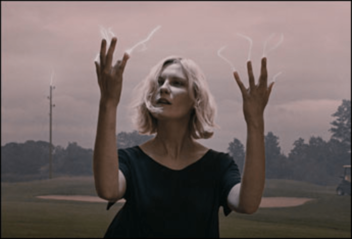Another Girl, Another Planet: A depressed Kirsten Dunst weathers the end of the world.