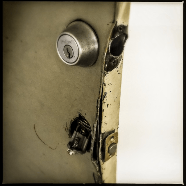 Broken lock at G Street Apartments, February 2017