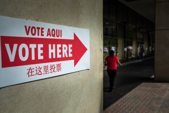 Vote here sign at polling place