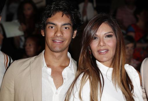 Alejandro Navarro and Ivonne Reyes