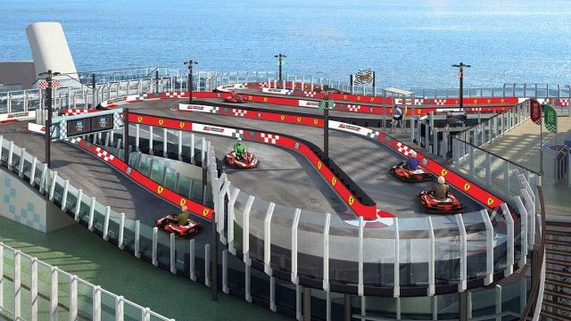 Ferrari instala pista de kart em navio chinês