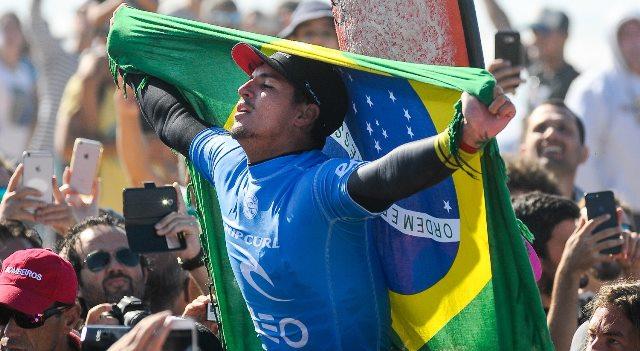 Gabriel Medina venceu etapa portuguesa do Mundial de Surf