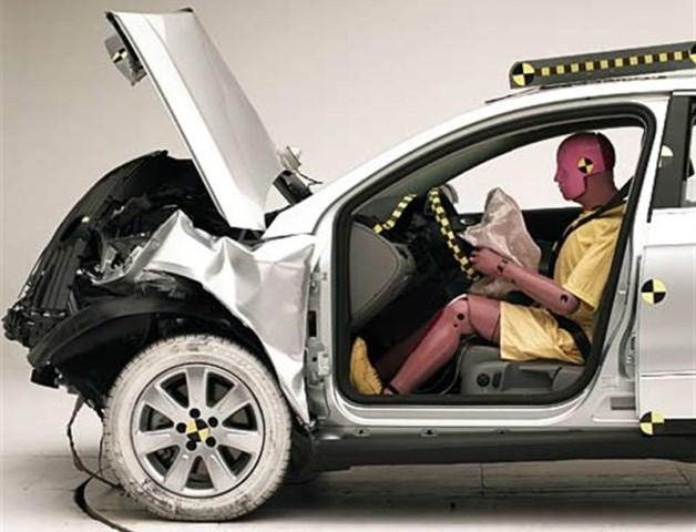 Novos Volkswagen Polo e T-Roc obtêm classificação máxima Euro NCAP