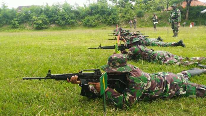 Pasukan Kodim 0728/Wonogiri Tingkatkan Kemampuan Menembak