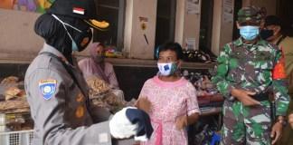 bantuan-masker-tni-polri