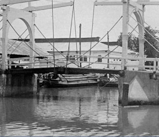 jembatan-tertua-indonesia