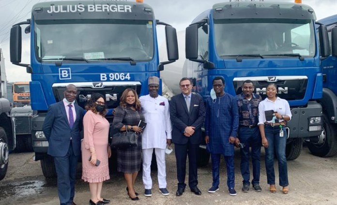 Fw: SCOA Boss Commends Unity Bank, Others for Facilitating Supply of N15.5B worth of Trucks