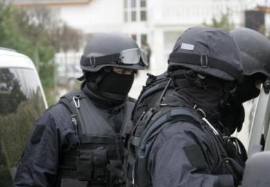 Doi gorjeni, reținuți pentru că au exploatat în Portugalia două minore în vârstă de 16 ani