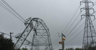 (Image) Feb 20 2017 storm tower Uhr Lane