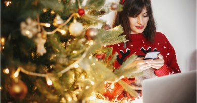 Rein in holiday spending