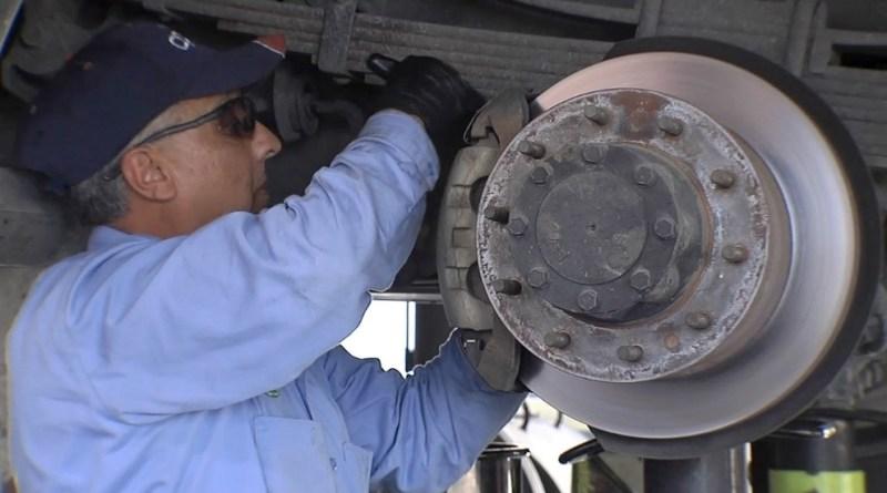 CPS Energy mechanic performs fleet maintenance