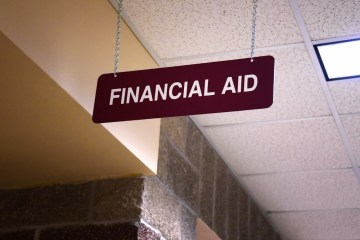 A financial aid sign at a college