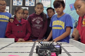 An image of students participating in robotics in the Anaheim Elementary School District