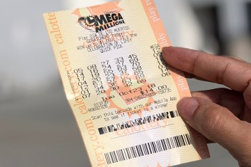 mega millions lotto ticket