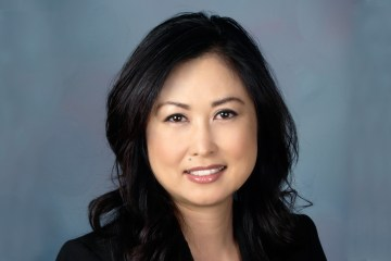 Head shot of Cyndi Paik