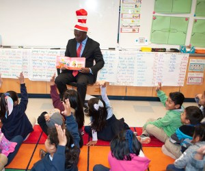 superintendent reading to students