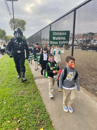 A Startrooper with students
