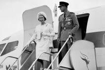 Королева Елизавета II и герцог Эдинбургский в Австралии в 1963 году.(Национальные Архивы Австралии: A1777/1)