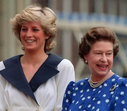 Диана Королева Елизавета II
