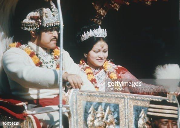 Король Бирендра и королева Айшвария
