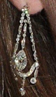 Серьги с бриллиантами из коллекции Королевы