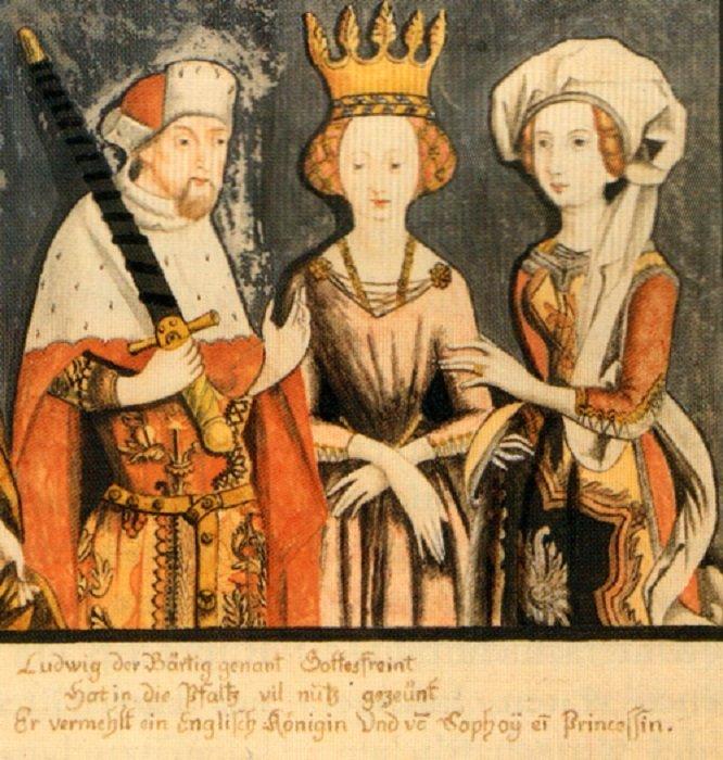 Бланш (в центре) со своим мужем