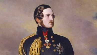 Photo of Королева Виктория и посмертная фотография принца Альберта