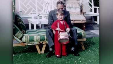 Photo of Как отреагировал маленький принц Чарльз на известие о смерти короля