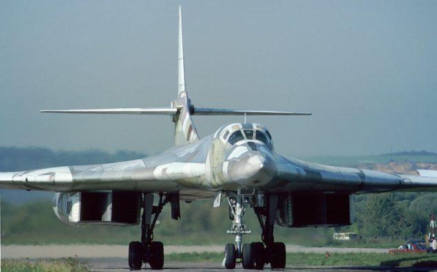 Tu-160_(12956971034)