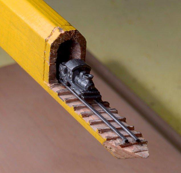 потяг з олівця