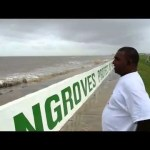 Raw Video: Rough seas batter Seawalls