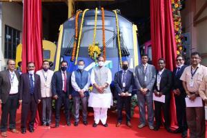 Raksha Mantri Shri Rajnath Singh unveils India's First Indigenously Designed & Developed Driverless Metro Car