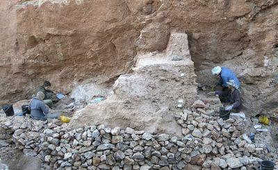 Excavators - Oldest fossils of Homo sapiens found in Morocco