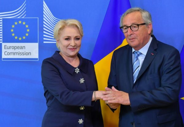 eu praises romanian u turn on controversial reforms - Romanian govt proposes two candidates for EU Commission