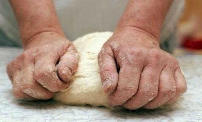 Θα φρίξετε: Δείτε τι είπε Αλβανός φούρναρης σε άνεργη Ελληνίδα που του ζήτησε δουλειά…