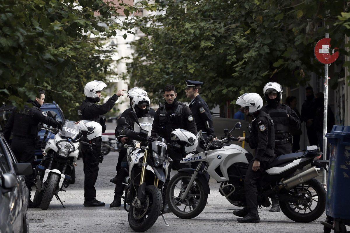 Ένοπλοι Αλγερινοί λήστεψαν και ασέλγησαν σε 23χρονες φοιτήτριες στα Εξάρχεια
