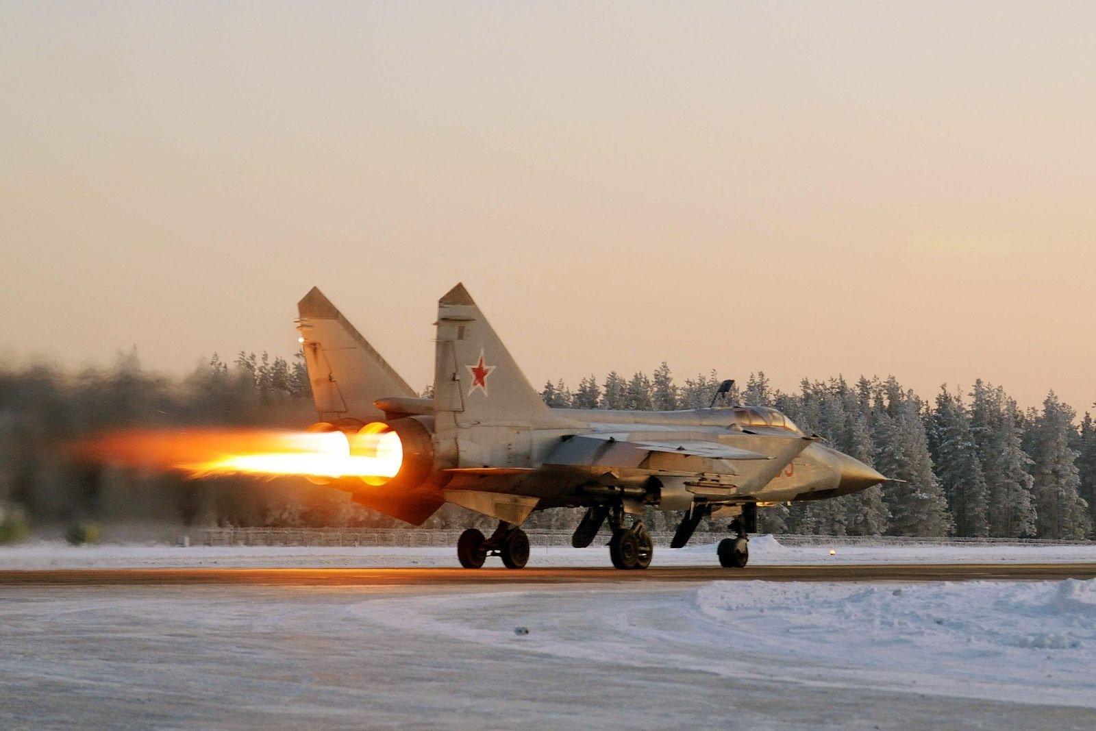 ΕΚΤΑΚΤΗ ΕΙΔΗΣΗ ΤΩΡΑ: Νέα συντριβή στρατιωτικού αεροσκάφους για τη Ρωσία – Πτώση μαχητικού MiG-31