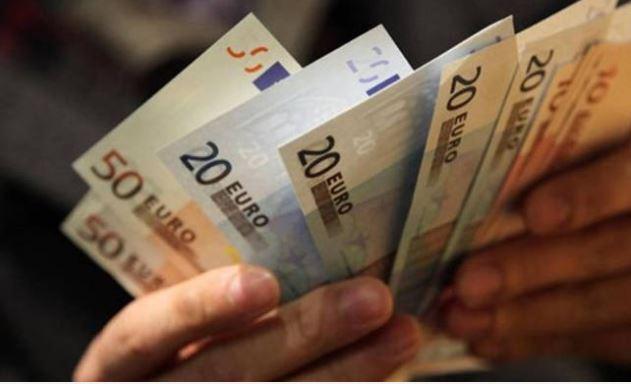 Τεράστια ανάσα: Επίδομα 600+ στους τραπεζικούς σας λογαριασμούς!