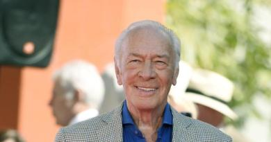 Christopher Plummer ready to take over Spacey part 3