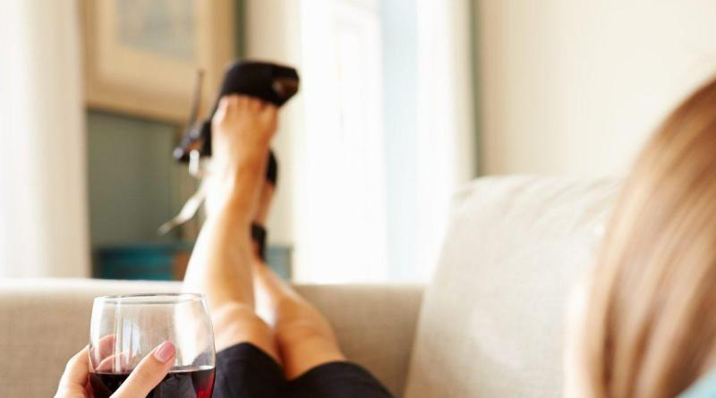 Why liquor and wine make people feel different emotions 9