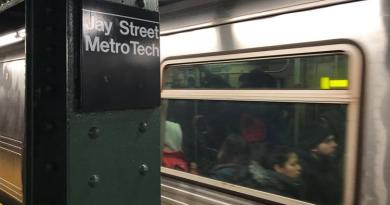 Man dies from fall onto NYC subway tracks after punch from teen 2