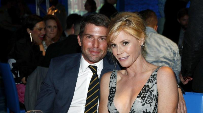 'Modern Family' star Julie Bowen files for divorce from husband 23