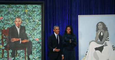 Here Are Barack and Michelle Obama's Official Smithsonian Portraits 3