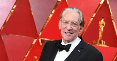 Donald Sutherland owes his career to Christopher Plummer 3
